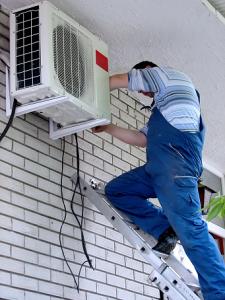 Instalacion-Reparacion-Mantenimiento-Carga-Gas-Aire-Acondicionado12